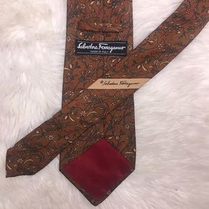 Salvatore Ferragamo Silk Brown Floral Print Tie